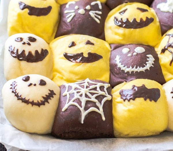 Chuẩn bị đón Halloween với món bánh mì siêu cute - Ảnh 1.