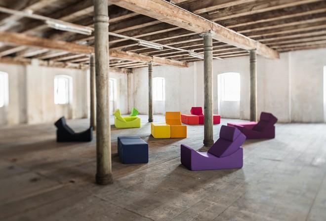 Nếu muốn làm mới nhà cửa liên tục, hãy sắm ngay ghế sofa xếp hình - Ảnh 4.