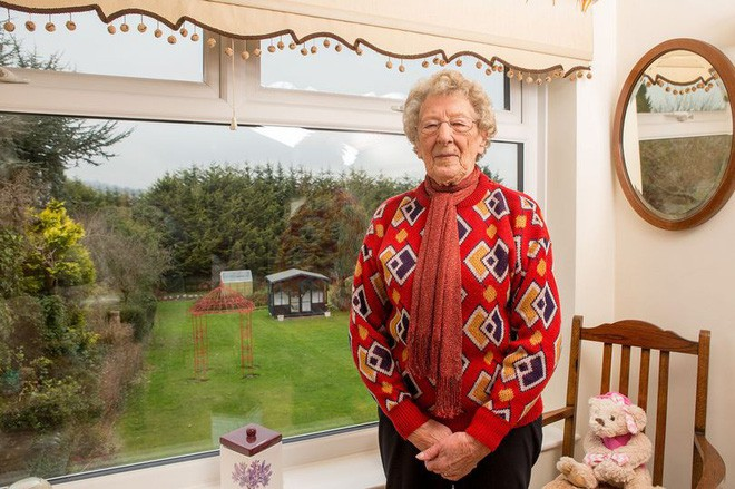 Định xây nhà mà bị hàng xóm phản đối, cụ bà âm thầm lên kế hoạch trả thù hoàn hảo suốt gần 20 năm, cảnh sát biết chuyện cũng đành bó tay - Ảnh 4.