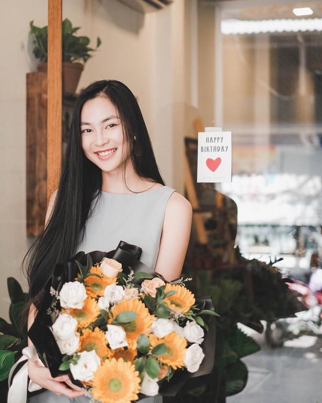 Ăn chay trường, chọn cách sống an yên, Helly Tống vẫn khiến người ta chú ý vì vẻ đẹp kiêu sa ở tuổi 23 - Ảnh 6.