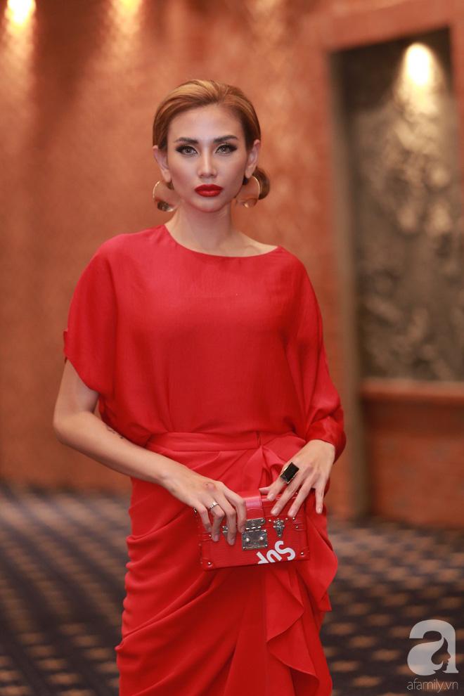 Minh Hằng ăn diện đã ổn hơn nhưng vẫn lép vế khi so vai Thanh Hằng, Võ Hoàng Yến trong buổi casting The Face Hà Nội - Ảnh 7.