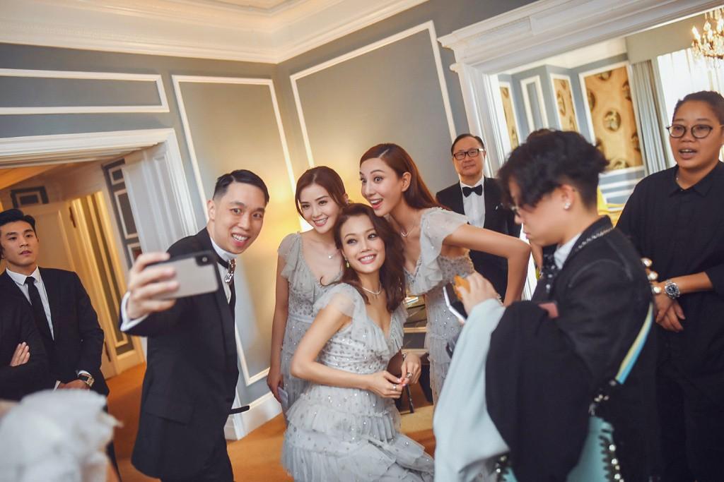 Tròn 10 năm tủi hờn vì scandal ảnh sex, Chung Hân Đồng khóc như mưa trong hôn lễ đẹp như cổ tích của mình - Ảnh 13.